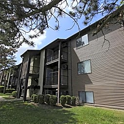 Long Acres Apartments - Cincinnati, Ohio 45245