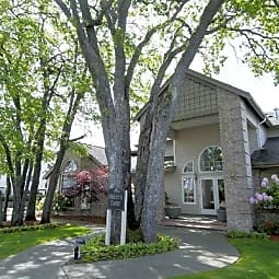 Beaumont Grand Apartment Homes - Lakewood, Washington 98498