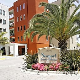 Seaport Homes Luxury Condos & Townhouses - San Pedro, California 90732