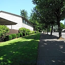 Greenwood Village Apartments - Portland, Oregon 97230