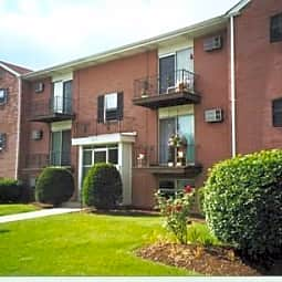 Park Plaza Apartments - Warren, Ohio 44485