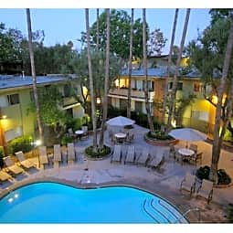 Villa Vicente - Los Angeles, California 90019