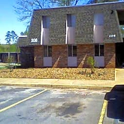 Foothill Garden Apartments - Pickens, South Carolina 29671
