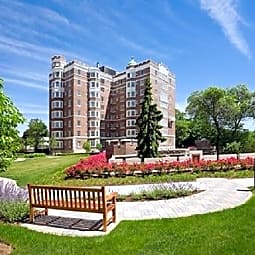 Longwood Towers - Brookline, Massachusetts 2446