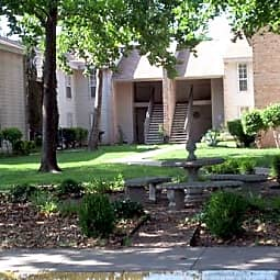 Pecan Valley Apartments - Lawton, Oklahoma 73505