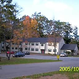 Pine Tree Lane Apartments - West Lebanon, New Hampshire 3784