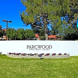 Parcwood Apartments - Corona, California 92882