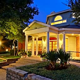 Landmark at Collin Creek - Plano, Texas 75075