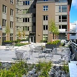 Court 17 Apartments - Tacoma, Washington 98402