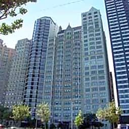 1420 North Lake Shore Drive - Chicago, Illinois 60610