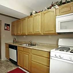Ross Ridge Apartments - Rosedale, Maryland 21237