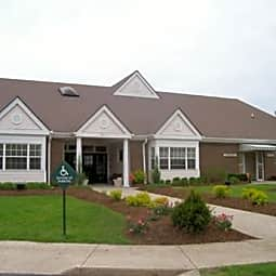 Eagle Pointe Apartment Homes - Indianapolis, Indiana 46254