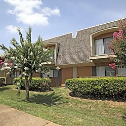 Greentree Apartments - Mobile, Alabama 36608