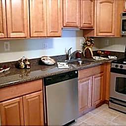 Homestead Garden Apartments - Spring Lake, New Jersey 7762