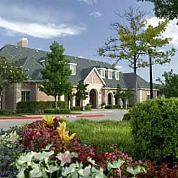 Villas of Spring Creek - Plano, Texas 75024