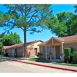 Donoavan Village Apartments - Houston, Texas 77091