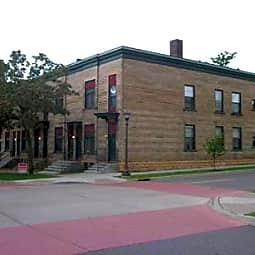 241 Western Avenue South Apartments - Saint Paul, Minnesota 55102