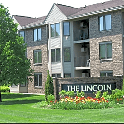 Oaks Lincoln Townhomes - Edina, Minnesota 55436