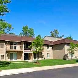 Windsor Woods Apartments - Canton, Michigan 48187