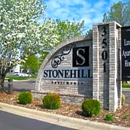 Stonehill Apartments - Plymouth, Minnesota 55441