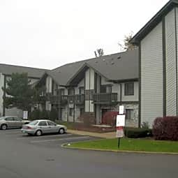 Willow Wind Apartments - Waukegan, Illinois 60087