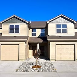 College Park Townhomes - Gillette, Wyoming 82718