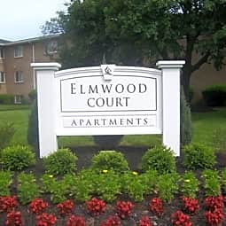 Elmwood Court - Rochester, New York 14618