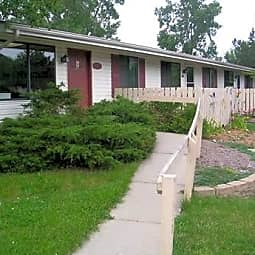 Royal Glen Apartments - Comstock Park, Michigan 49321