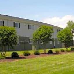 Harbor Square Apartments - Portsmouth, Virginia 23704