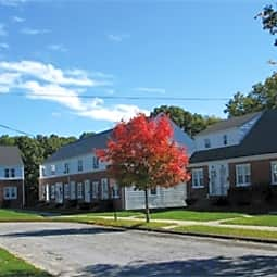 Groton Townhouses - Groton, Connecticut 6340