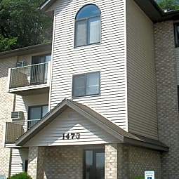 Riverside Apartments - River Falls, Wisconsin 54022