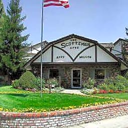 Scottsmen Apartments - Clovis, California 93612