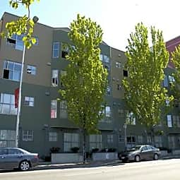 Ellis Court Apartments - Seattle, Washington 98121