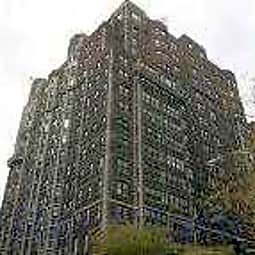 3000 Sheridan - Chicago, Illinois 60657