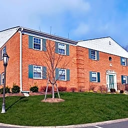 Westover Club Apartments - Jeffersonville, Pennsylvania 19403