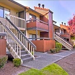 Bellevue Meadows - Bellevue, Washington 98007