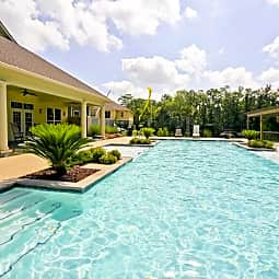 Abita View Apartment Homes - Covington, Louisiana 70433