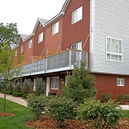 Amber Square Townhomes - Clawson, Michigan 48017