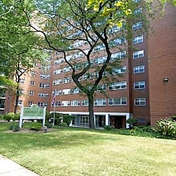 Hayes House Luxury Apartments - Elizabeth, New Jersey 7202