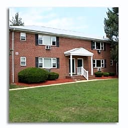 Green Grove Apartments - Keyport, New Jersey 7735
