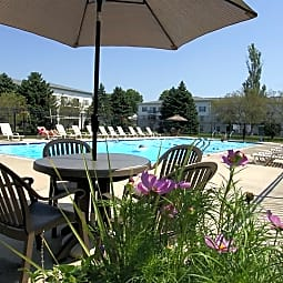 New Fountains Apartments - Madison, Wisconsin 53719