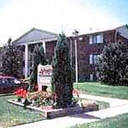 Arlington Square - Elyria, Ohio 44035