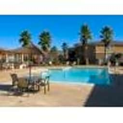 Estancia Apartments - Riverside, California 92508