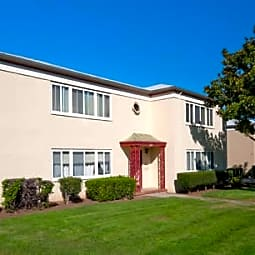 Hillsdale Garden Apartments - San Mateo, California 94403