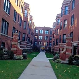 Crandon Apartments - Chicago, Illinois 60649