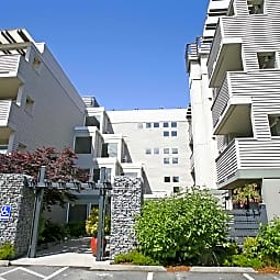 Strata On California - Seattle, Washington 98136