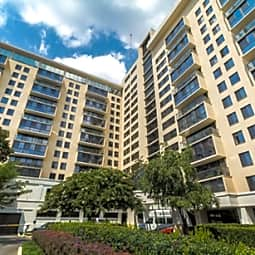 Triangle Towers Apartments - Bethesda, Maryland 20814