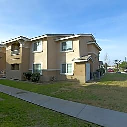 King Square Family Apartments - Bakersfield, California 93301