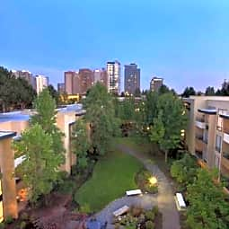 12 Central Square - Bellevue, Washington 98004