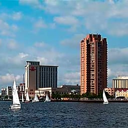 Harbor Tower Apartments - Portsmouth, Virginia 23704